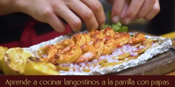 Aprende a cocinar langostinos a la parrilla con papas