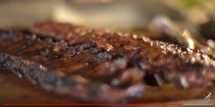 Aprende a cocinar costillitas de cerdo ahumadas
