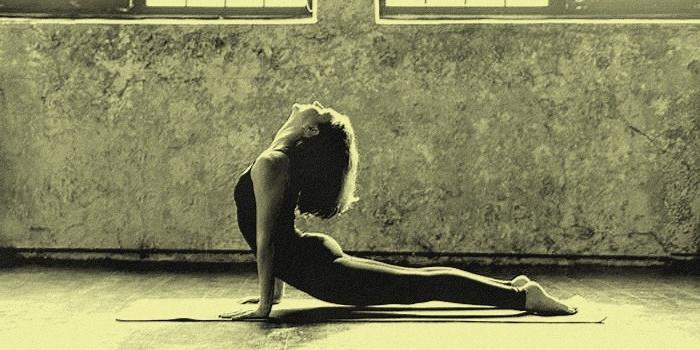 Aprovecha la cuarentena para aprender y practicar Yoga desde tu casa